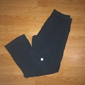 Lululemon pants size M with vintage logo!